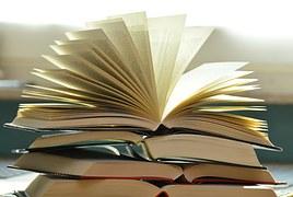 books-1082942__180